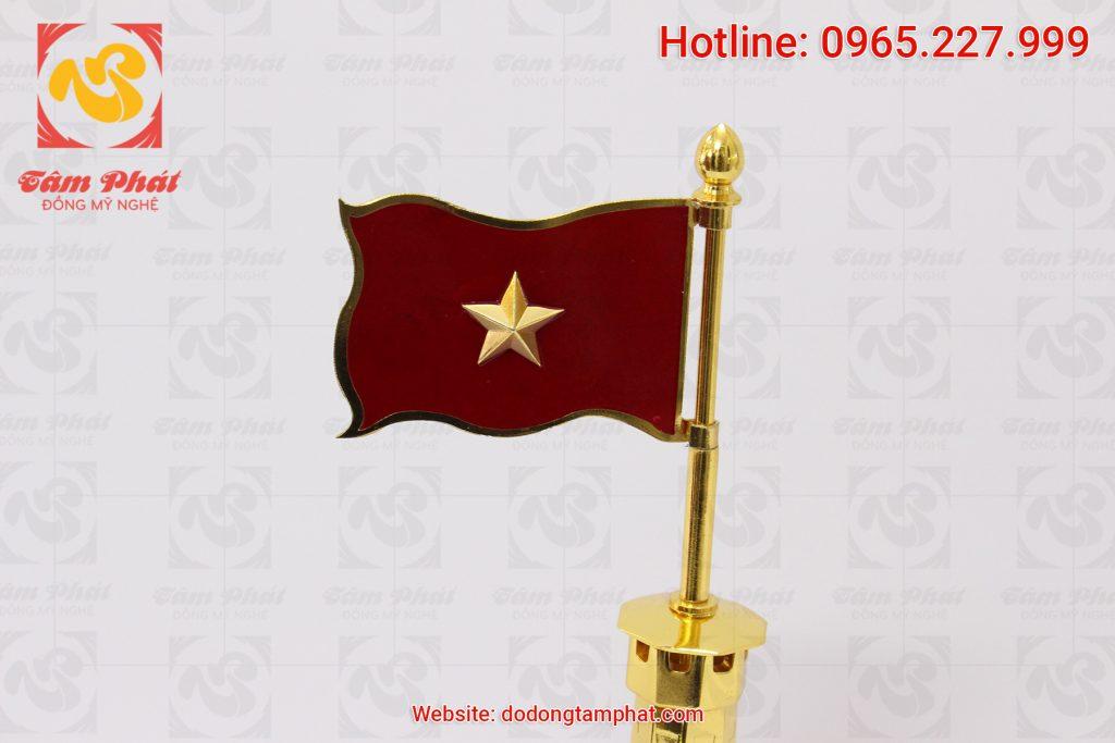mo-hinh-cot-co-ha-noi-bang-dong-ma-vang-cao-30cm-3