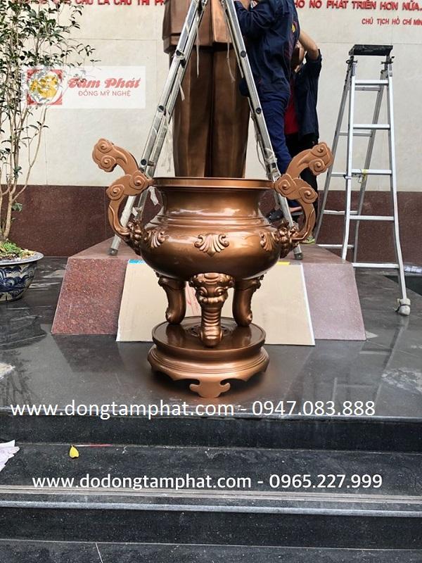 Tâm Phát nhận làm mới, bảo dưỡng các công trình Nhà nước (tượng đồng, phù điêu, tượng đài)
